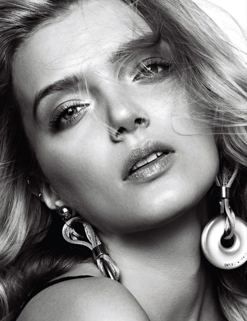 lily donaldson elle korea3 Lily Donaldson Rocks Emporio Armani for Elle Koreas April 2013 Cover Story