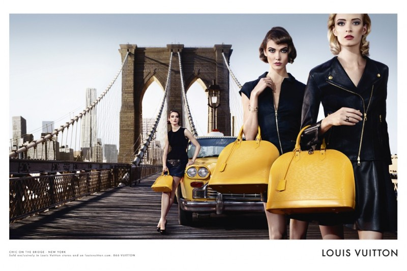 louis vuitton bag1 800x533 Louis Vuitton Enlists Karlie Kloss, Daria Strokous, Jac Jagaciak and Iris Strubegger for Alma Bag Campaign
