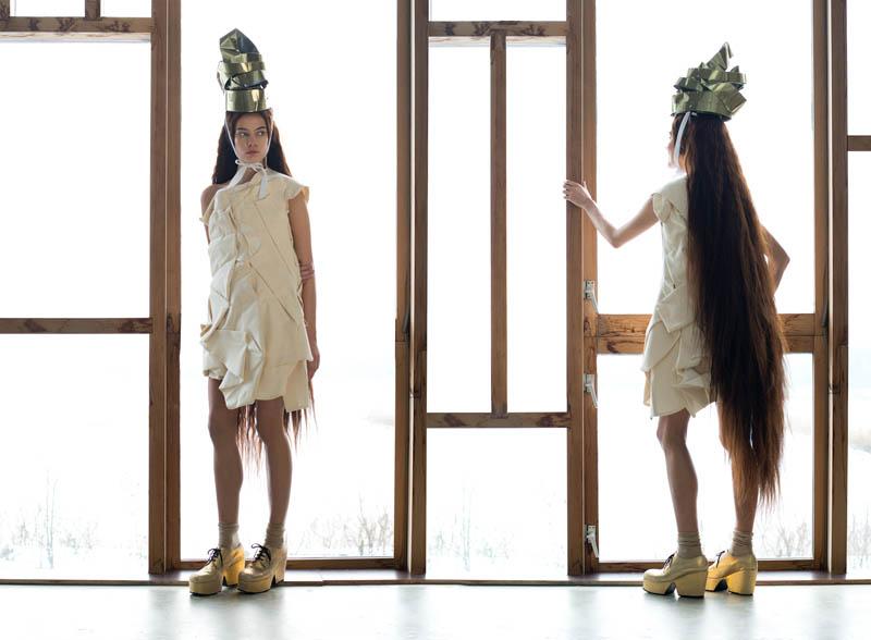 Isabella Oelz Gets Creative for Elsbeth Struijk van Bergen in Surface April 2013