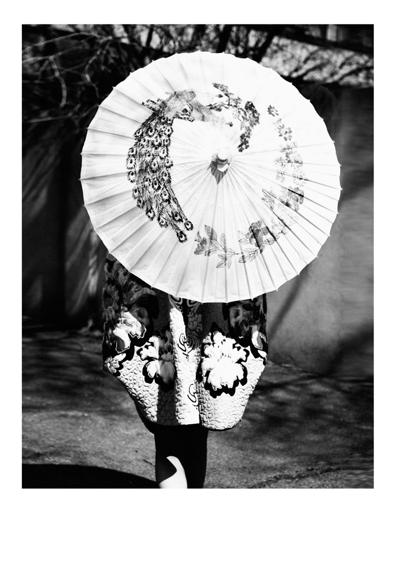 tian yi geisha11 Tian Yi is Geisha Glam for Elle Vietnams May 2013 Cover Shoot