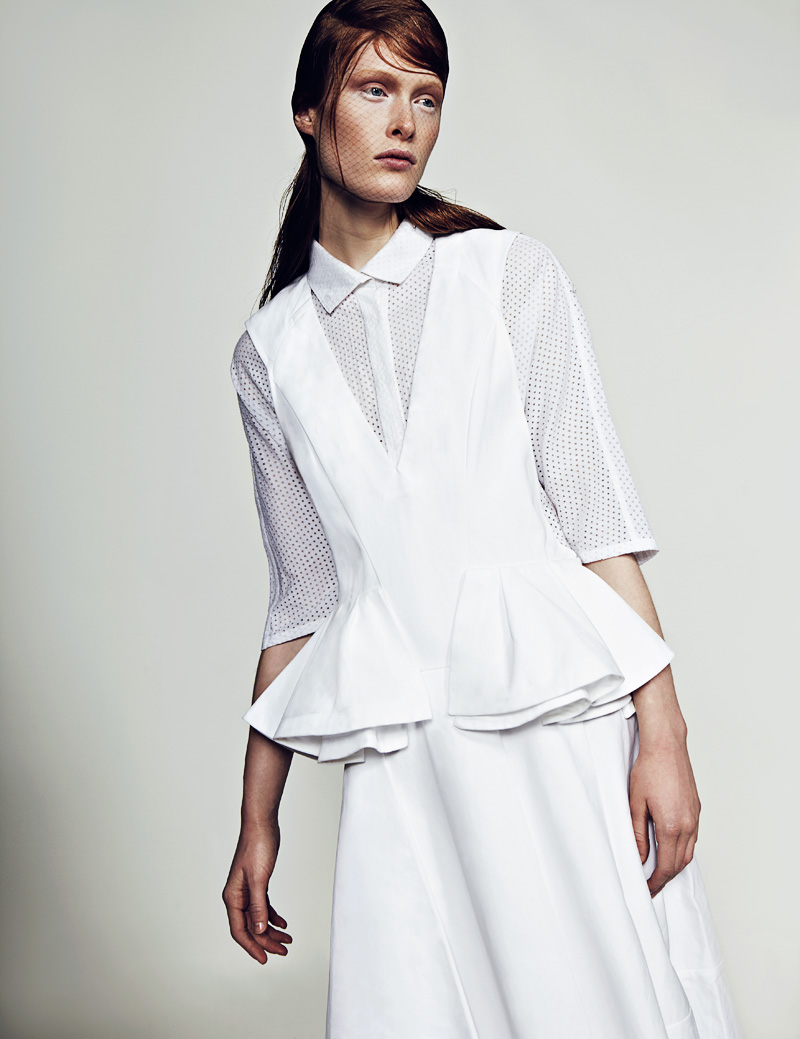 2 FW130405Soma 22709 Ilva Heitmann Dons All White for SOMA Magazine by Felix Wong