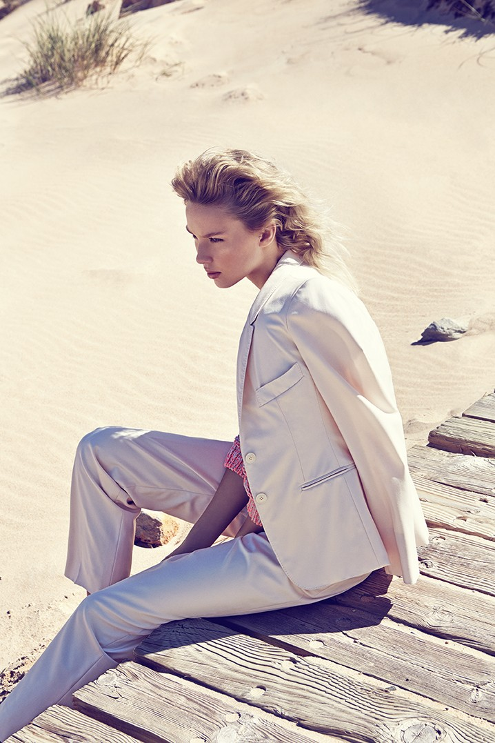 ElleCzech1 Adriana Cernanova Hits the Beach for Elle Czech May 2013 by Branislav Simoncik