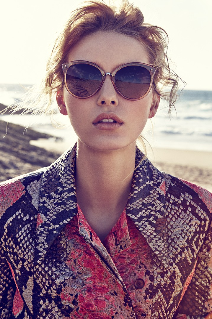ElleCzech10 Adriana Cernanova Hits the Beach for Elle Czech May 2013 by Branislav Simoncik