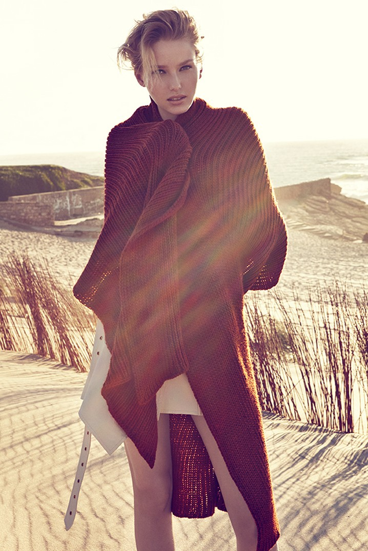 ElleCzech13 Adriana Cernanova Hits the Beach for Elle Czech May 2013 by Branislav Simoncik