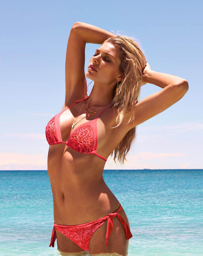 JessicaHartCalzedonia14 Jessica Hart Stuns on the Beach in Calzedonias Summer 2013 Styles