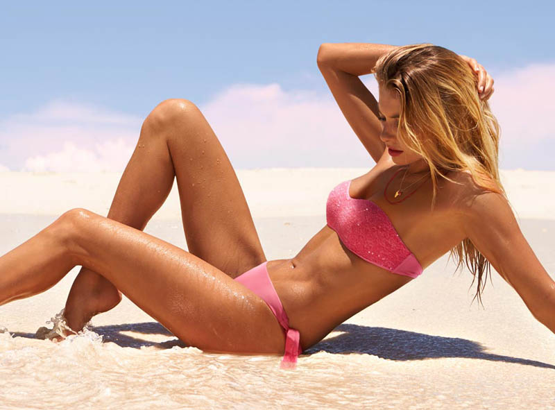 JessicaHartCalzedonia15 Jessica Hart Stuns on the Beach in Calzedonias Summer 2013 Styles