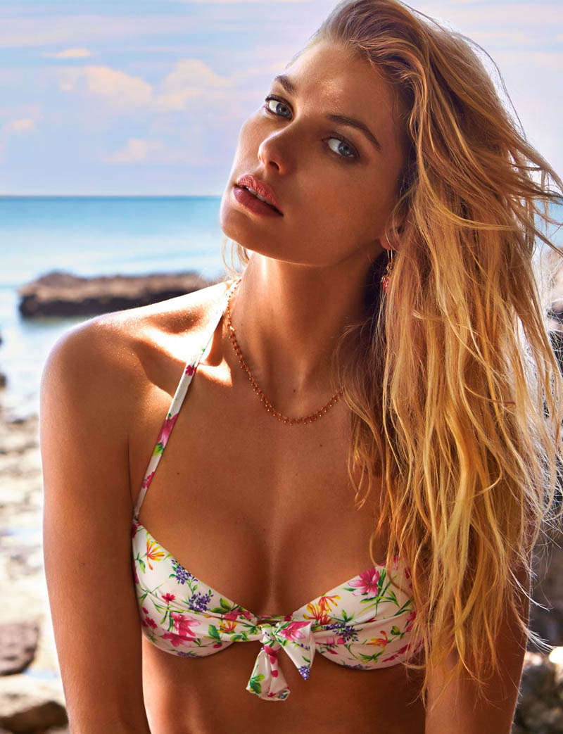 JessicaHartCalzedonia16 Jessica Hart Stuns on the Beach in Calzedonias Summer 2013 Styles