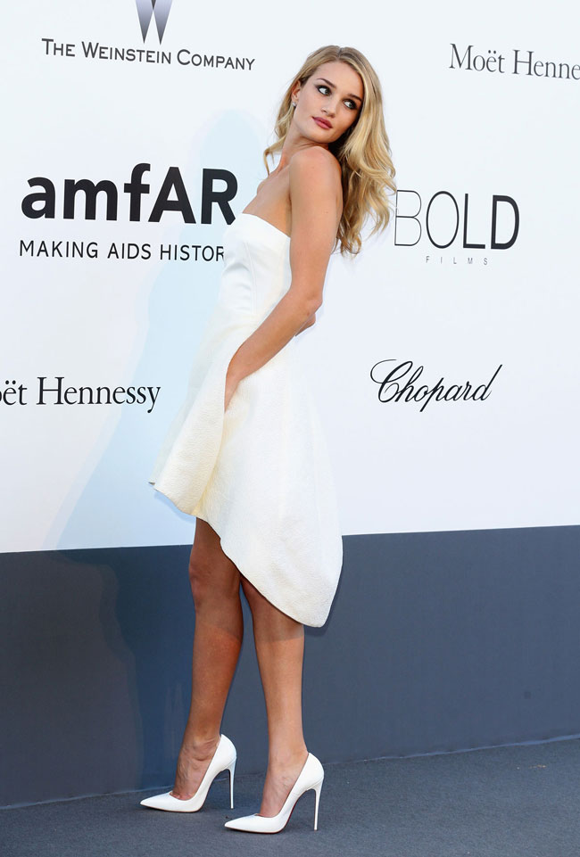 ROSIE HUNTINGTON WHITELEY DIOR2 Rosie Huntington Whiteley: Demure in Dior at amfAR's 20th Cinema Against AIDS Event in Cannes
