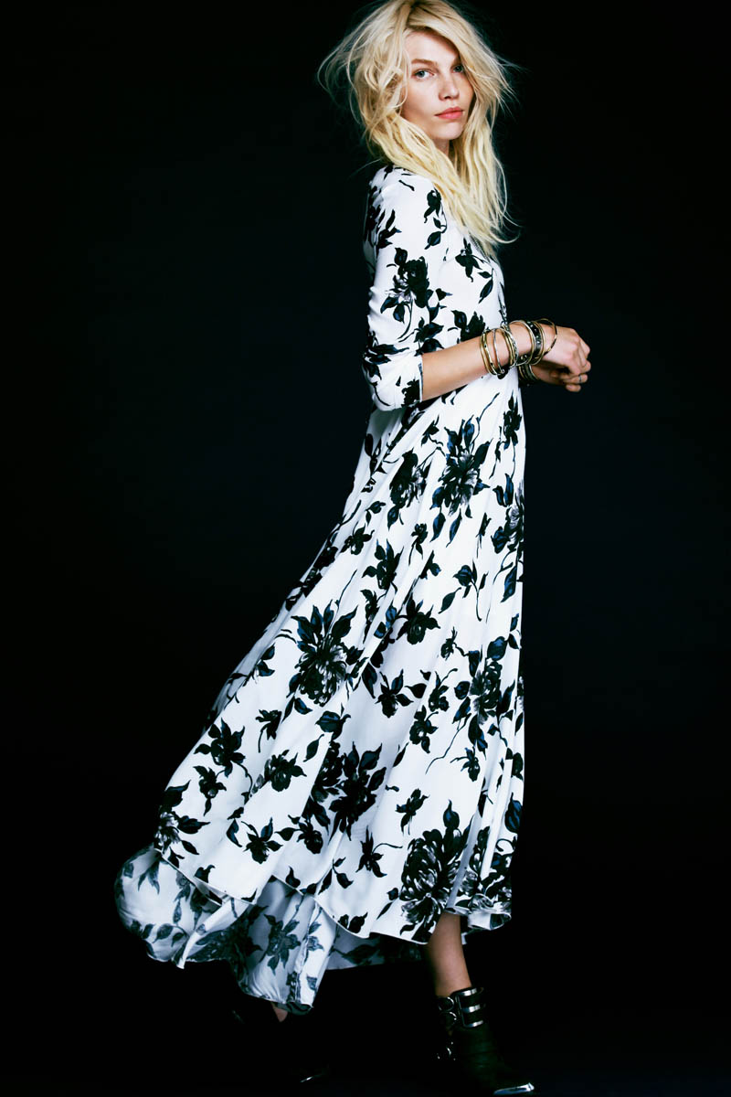 aline weber free people2 Aline Weber Stars in Free Peoples Safari Inspired May Lookbook