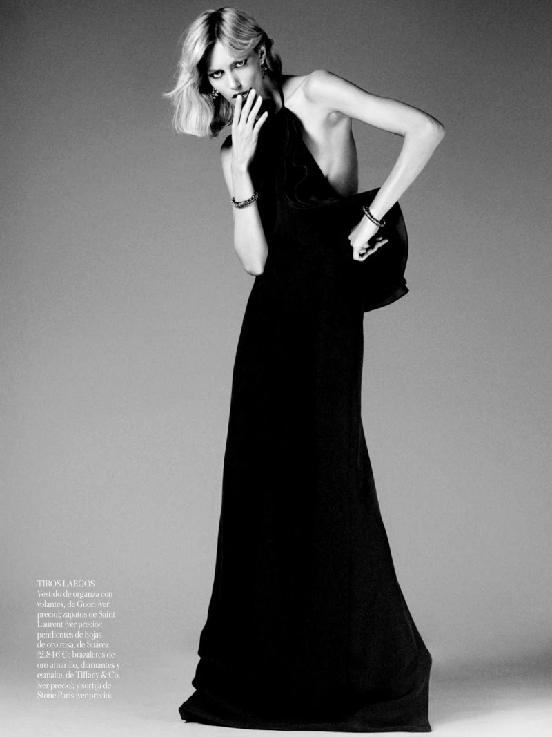 anja vogue shoot7 Anja Rubik Celebrates the Seventies for Vogue Spain's June 2013 Edition