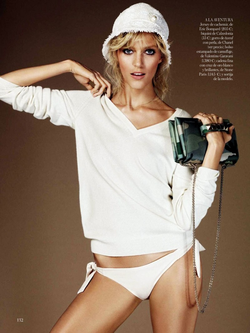 anja vogue shoot8 Anja Rubik Celebrates the Seventies for Vogue Spain's June 2013 Edition