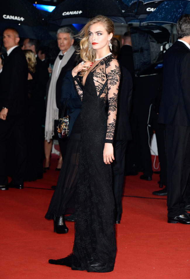 cara cannes burberry1 Cara Delevingne is Lacy in Burberry for the 66th Annual Cannes Film Festival