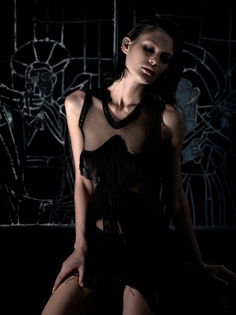 catherine mcneil shoot8 Catherine McNeil is Darkly Seductive for Numéro #143 by Wing Shya