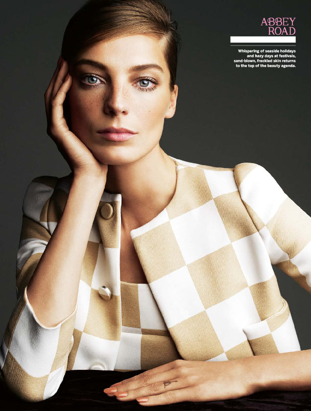 daria stylist2 Daria Werbowy Goes Retro for Stylist Magazine's April 2013 Edition