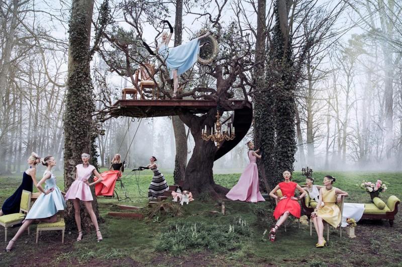 dior secret garden2 800x533 Diors New Secret Garden Campaign Stars Daria Strokous by Inez & Vinoodh