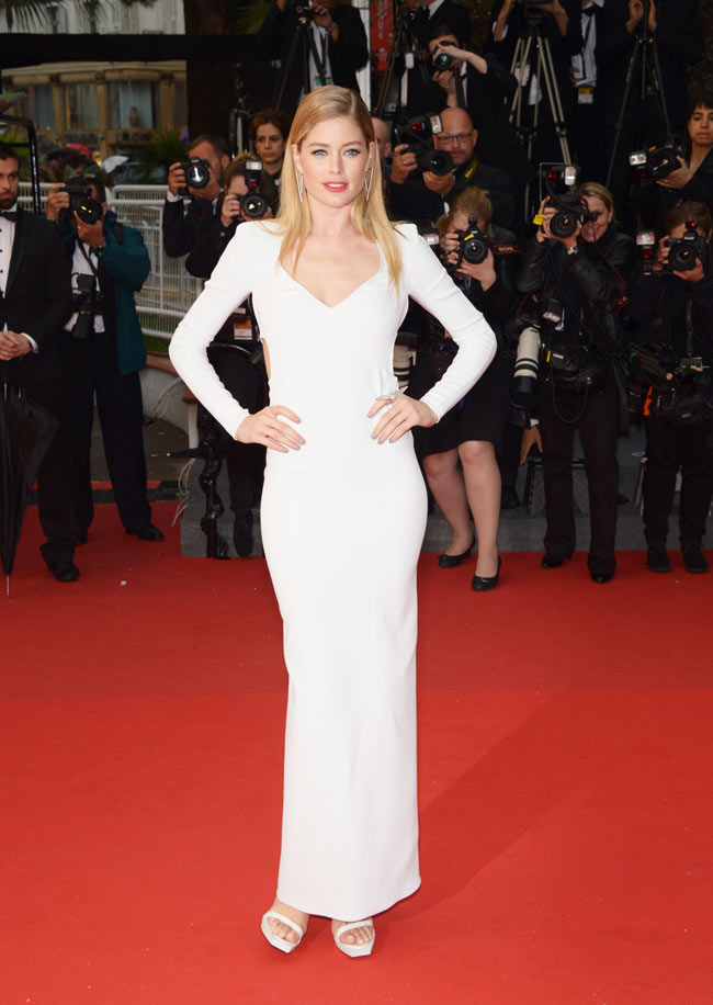 doutzen calvin klein2 Doutzen Kroes is White Hot in Calvin Klein Collection at the 66th Annual Cannes Film Festival