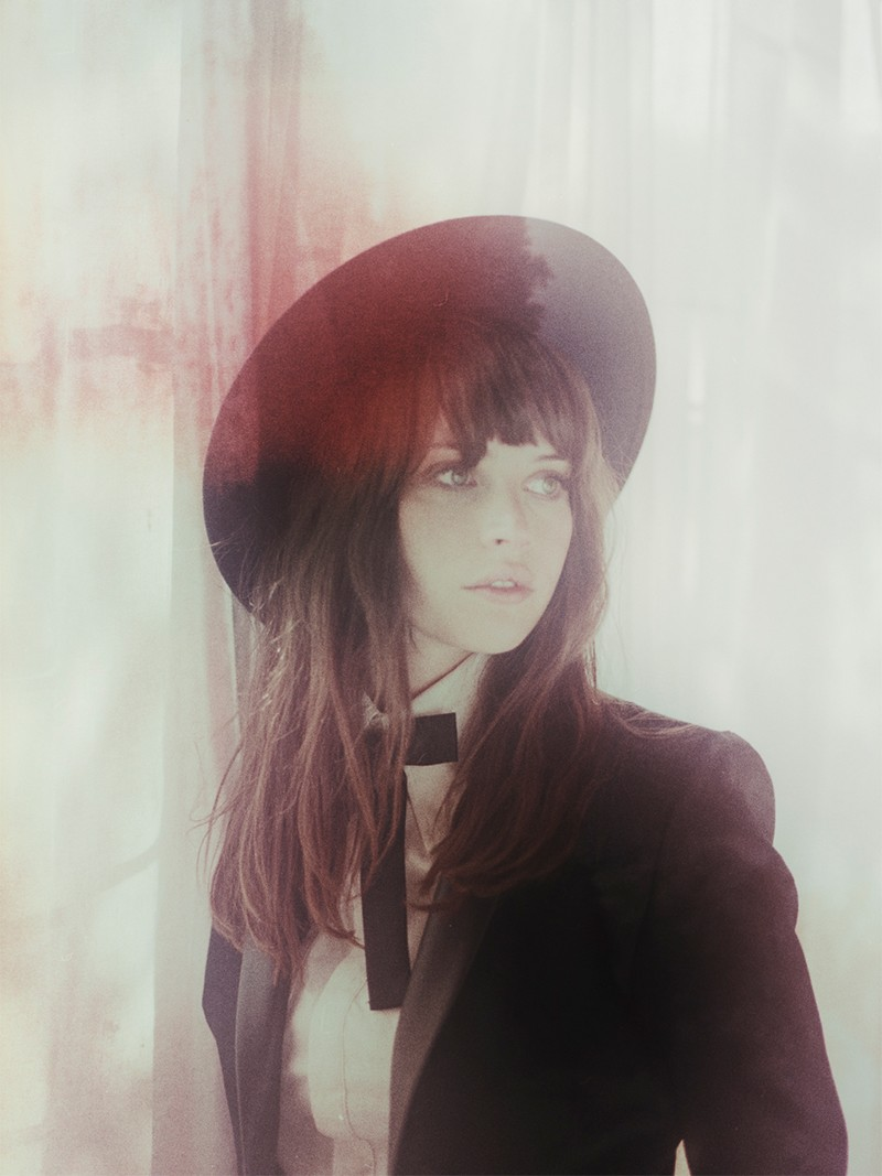 felicity jones so it goes4 British Actress Felicity Jones Poses for Debut Issue of So It Goes