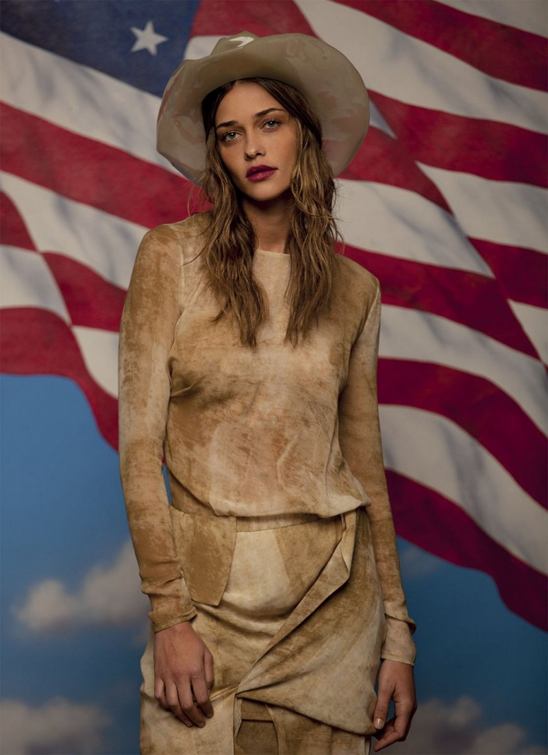 grey peppe tortora13 800x1102 Ana Beatriz Barros Stars in Americana Spread for Grey Magazine by Peppe Tortora