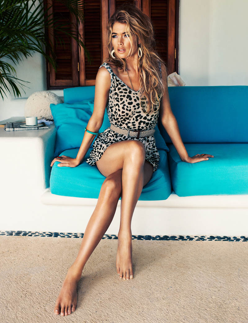 hm summer doutzen8 Doutzen Kroes Fronts H&M Summer 2013 Campaign by Terry Richardson