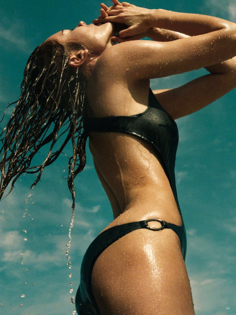 jac jagaciak greg kadel5 Jac Jagaciak Sports Summer Swim for Vogue Germany June 2013 by Greg Kadel