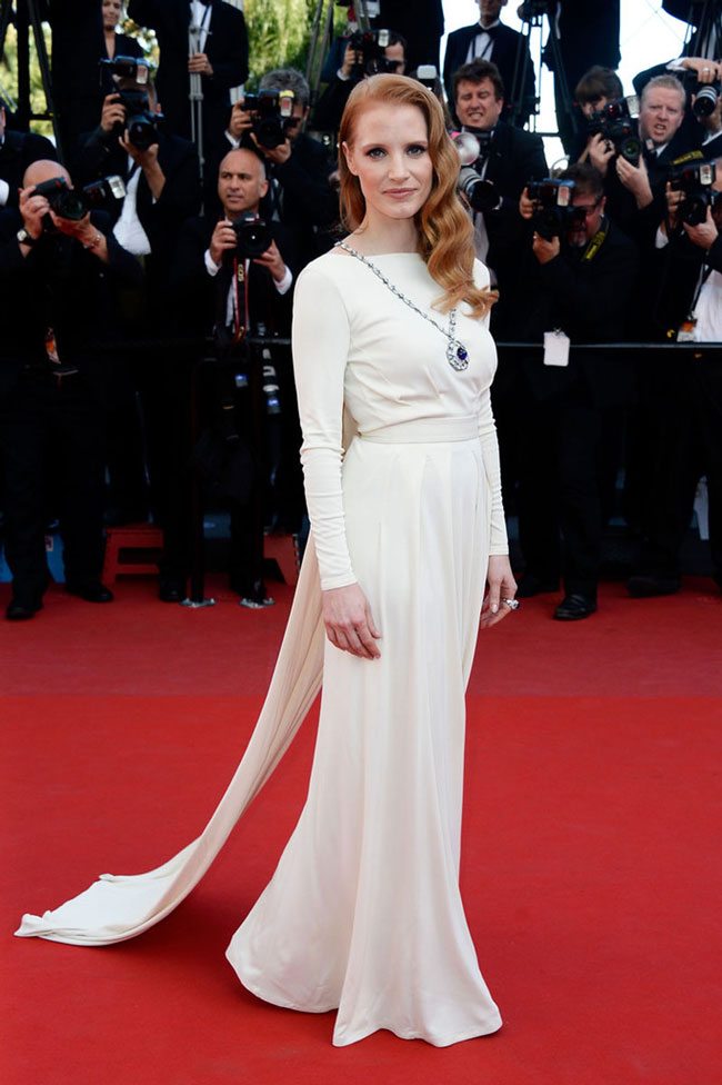 jessica chastain versace1 Jessica Chastain Wears Versace at the Cleopatra Cannes Film Festival Premiere