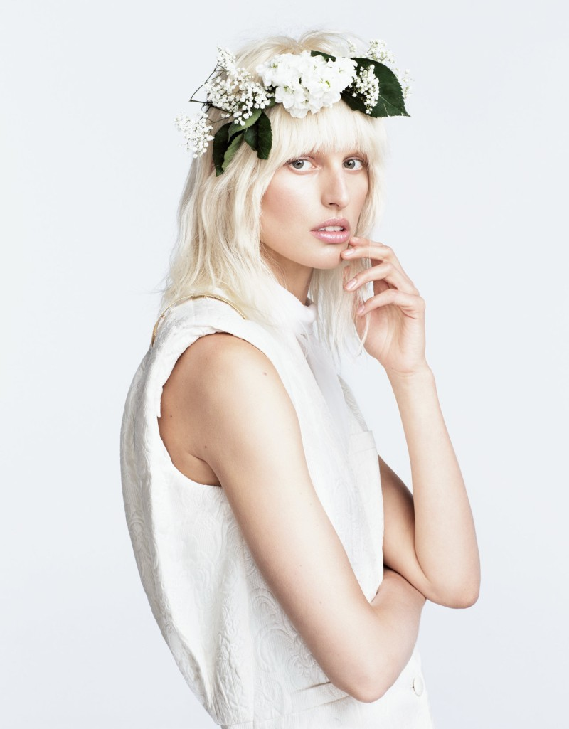 karolina kurkova numero3 Karolina Kurkova is a Flower Child for Numéro Tokyo June 2013 by Nino Muñoz