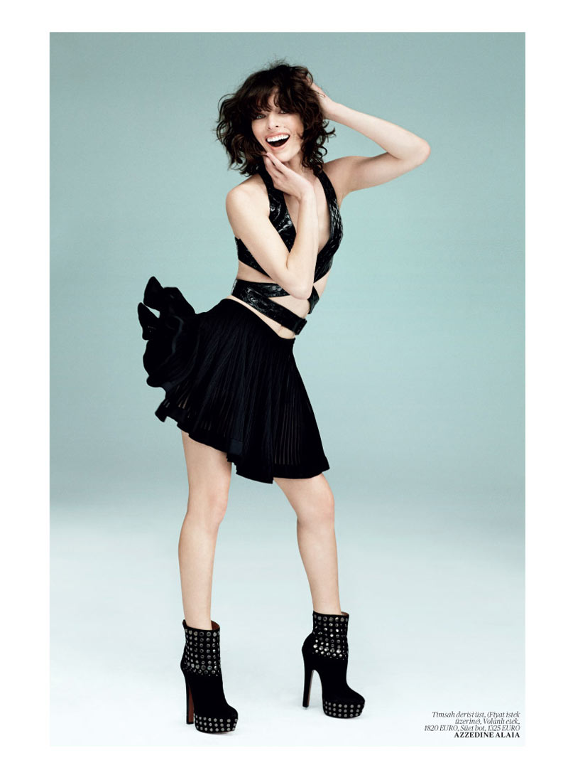 milla jovovich vogue turkey8 Milla Jovovich Gets Jovial in Vogue Turkey's May 2013 Edition by Sebastian Faena