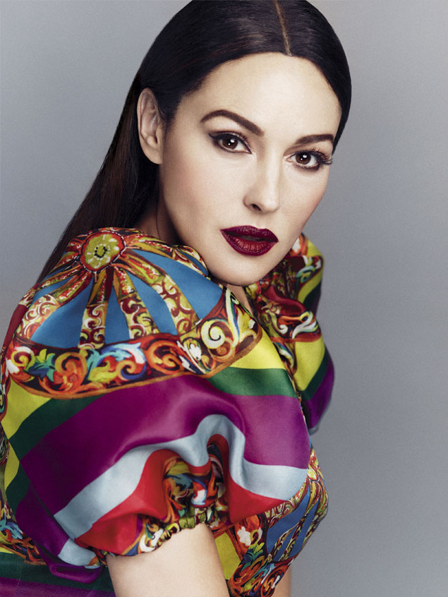 monica belluci 9523 635x Monica Bellucci Gets Sultry in Dolce & Gabbana for S Moda May 2013