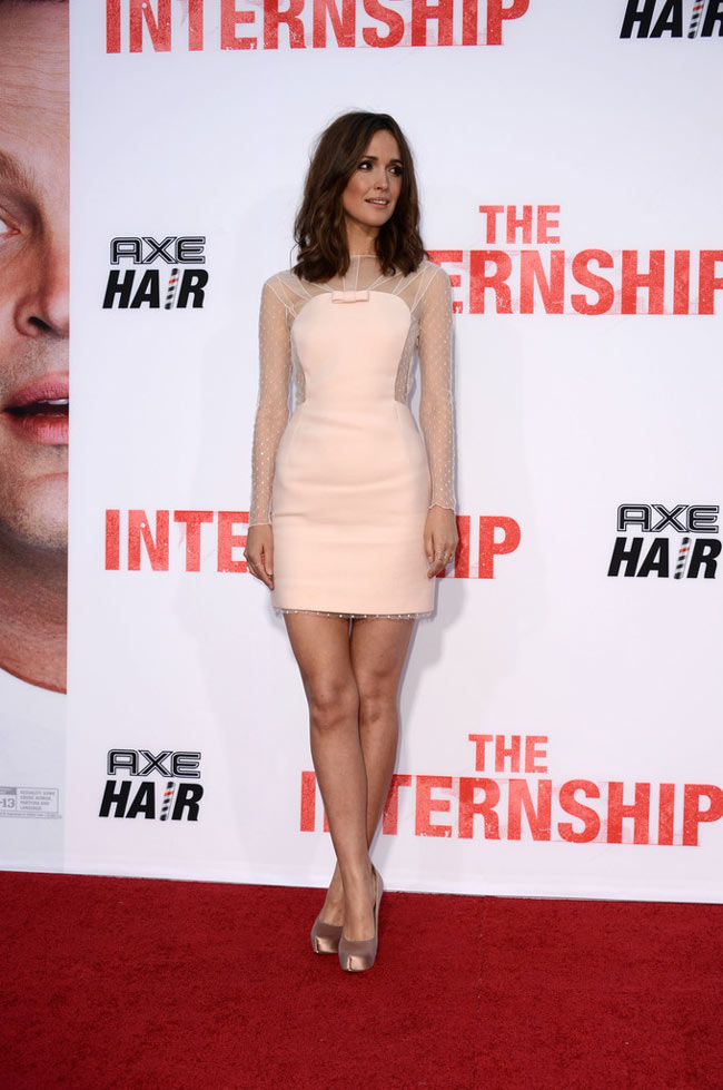 rose byrne pucci1 Rose Byrne Wears Emilio Pucci to The Internship Los Angeles Premiere