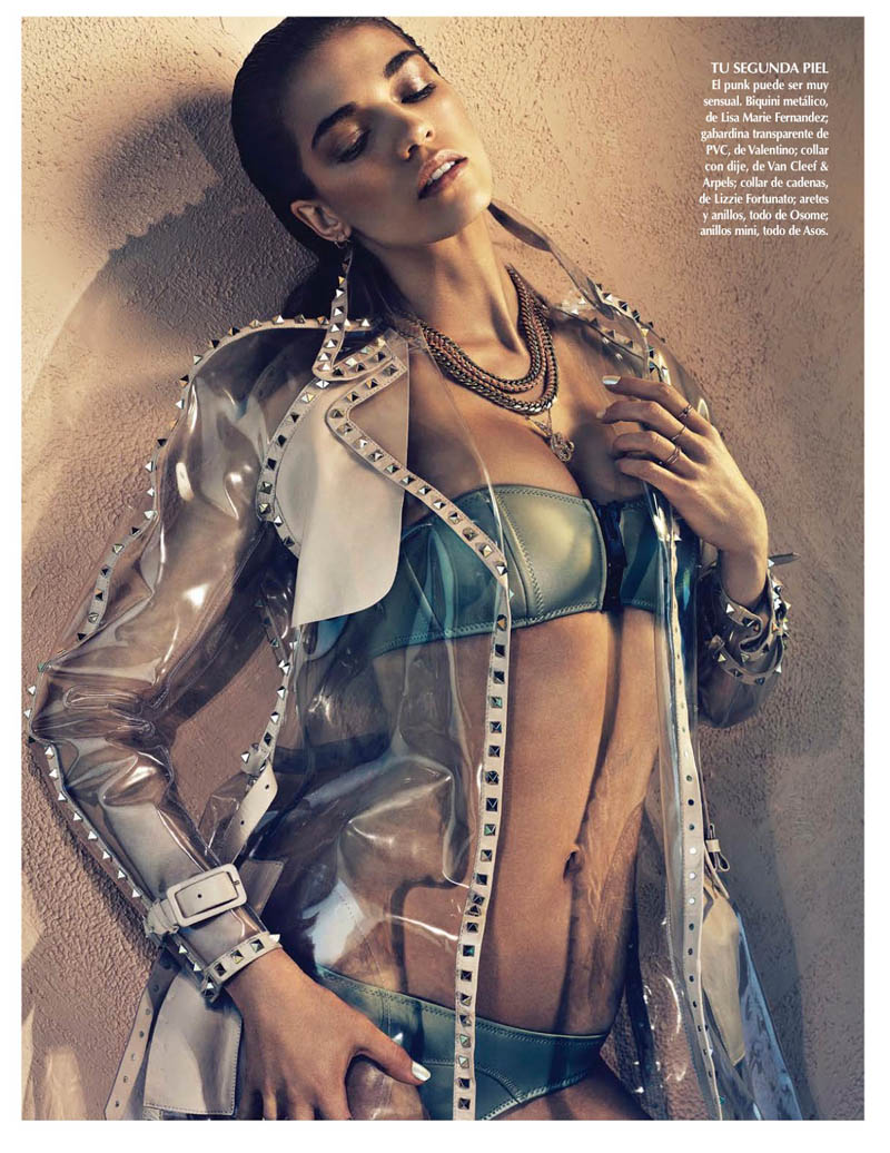samantha siren vogue7 Samantha Gradoville Shines in Metallic Style for Vogue Latin America June 2013