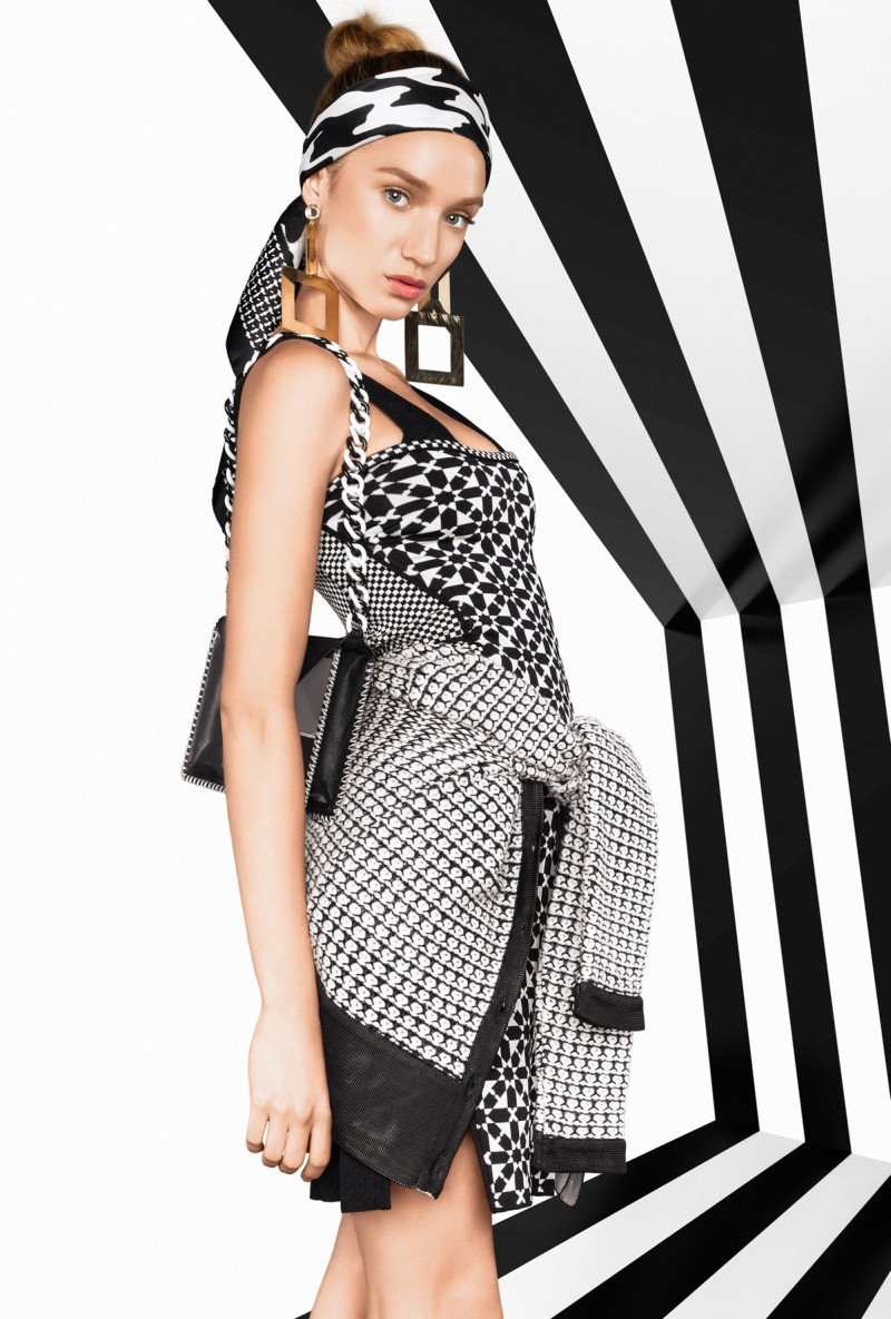 vogue brazil6 Tavinho Costa Shoots Black and White Fashions for Vogue Brazil May 2013