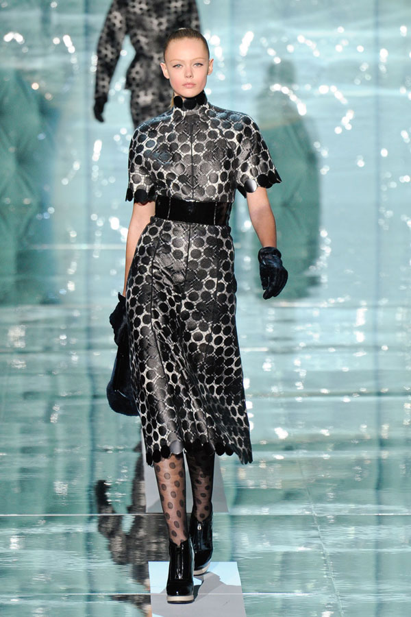 Frida Gustavsson Marc Jacobs Fall 2011 How to Be a Model: A Guide