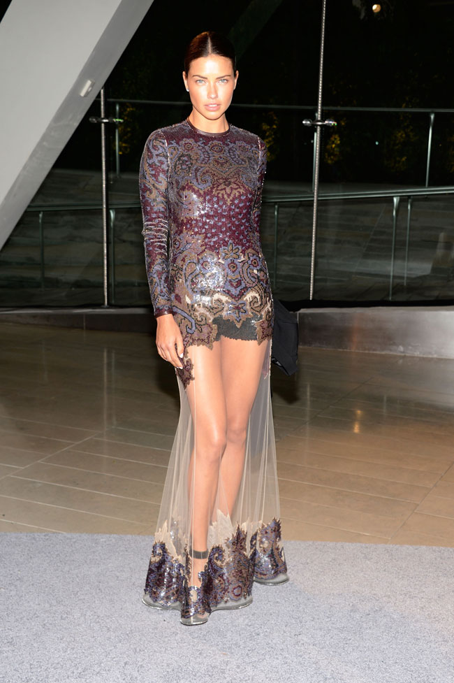 adriana lima givenchy4 Adriana Lima Wears Givenchy at the 2013 CFDA Fashion Awards