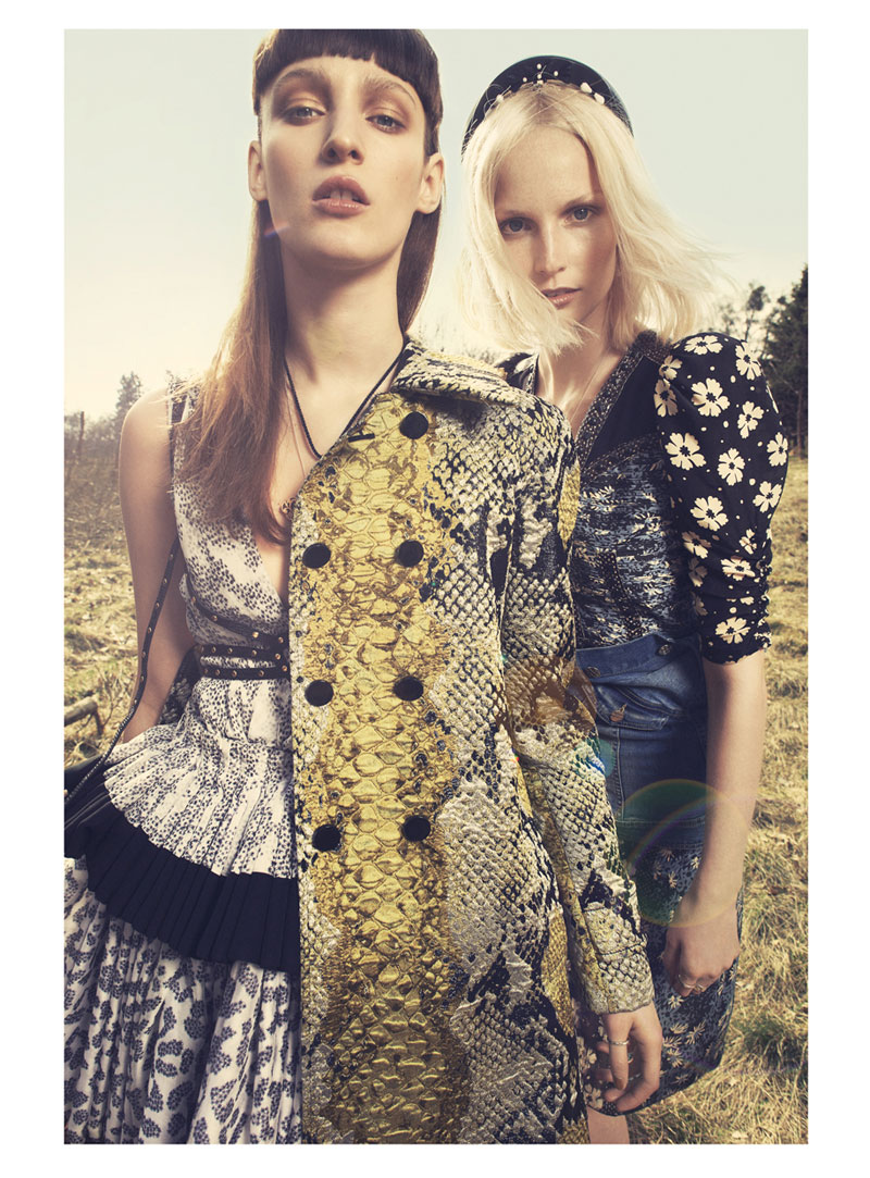 come as you are3 Franzi Mueller & Katrin Thormann Model the New Grunge for Gala by Alexx and Anton