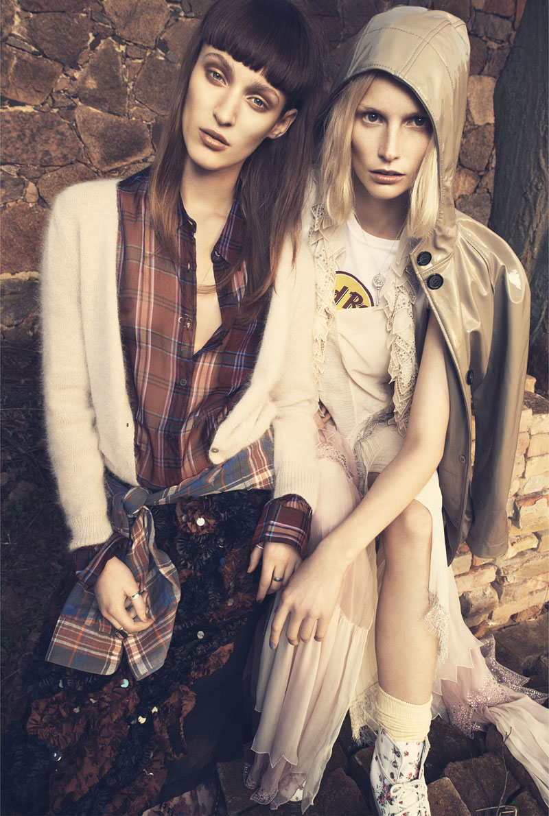 come as you are6 Franzi Mueller & Katrin Thormann Model the New Grunge for Gala by Alexx and Anton