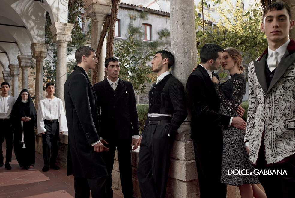 dolce gabbana fall ads13 Dolce & Gabbana Serves Up Drama for Fall 2013 Campaign with Bianca, Monica, Andreea and Kate