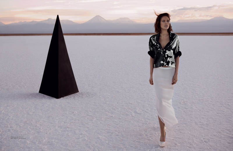 hm fantastic voyage5 Catherine McNeil Takes a Fantastic Voyage for H&M Magazine Summer 2013