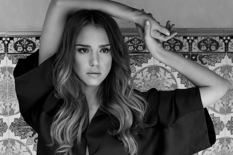 jessica alba eric guillemain5 Jessica Alba is Clean Cut for The Sunday Times Style by Eric Guillemain