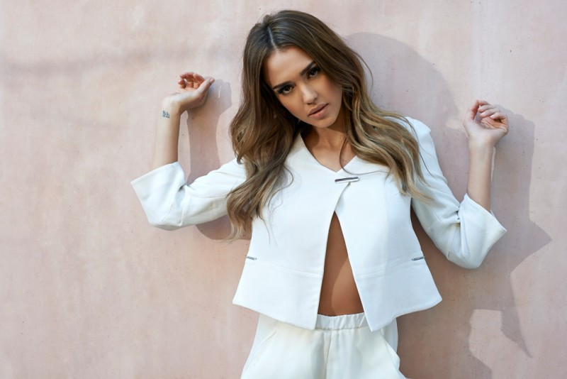 jessica alba eric guillemain6 Jessica Alba is Clean Cut for The Sunday Times Style by Eric Guillemain
