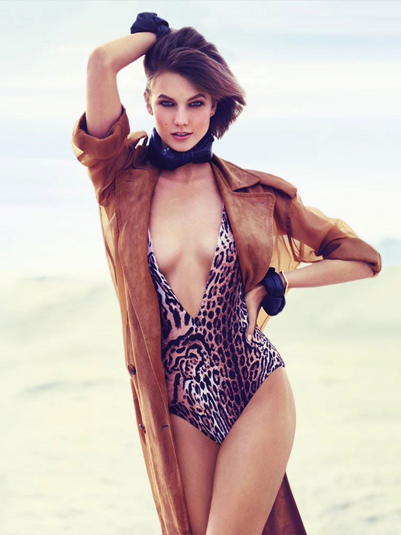 karlie kloss swimwear1 Swimsuit Clad Karlie Kloss Poses for Miguel Reveriego in Vogue Turkey June 2013