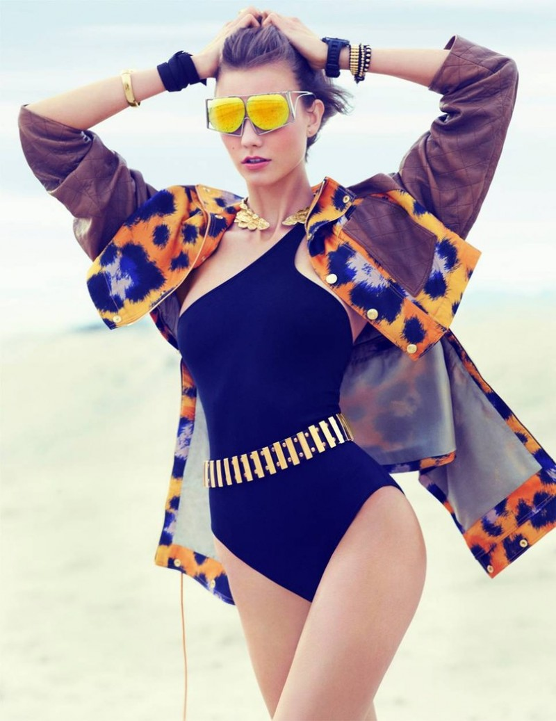 karlie kloss swimwear2 800x1037 Swimsuit Clad Karlie Kloss Poses for Miguel Reveriego in Vogue Turkey June 2013