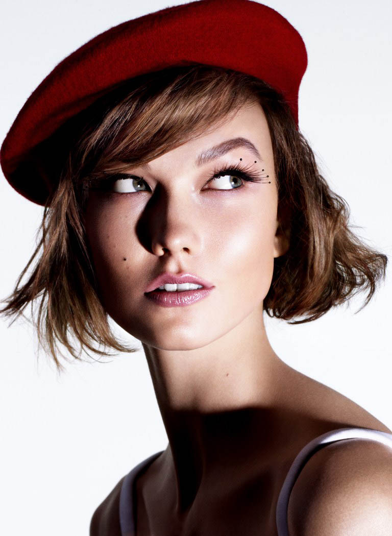 kloss beauty sunday times2 Karlie Kloss Models Summer Beauty for The Sunday Times Style