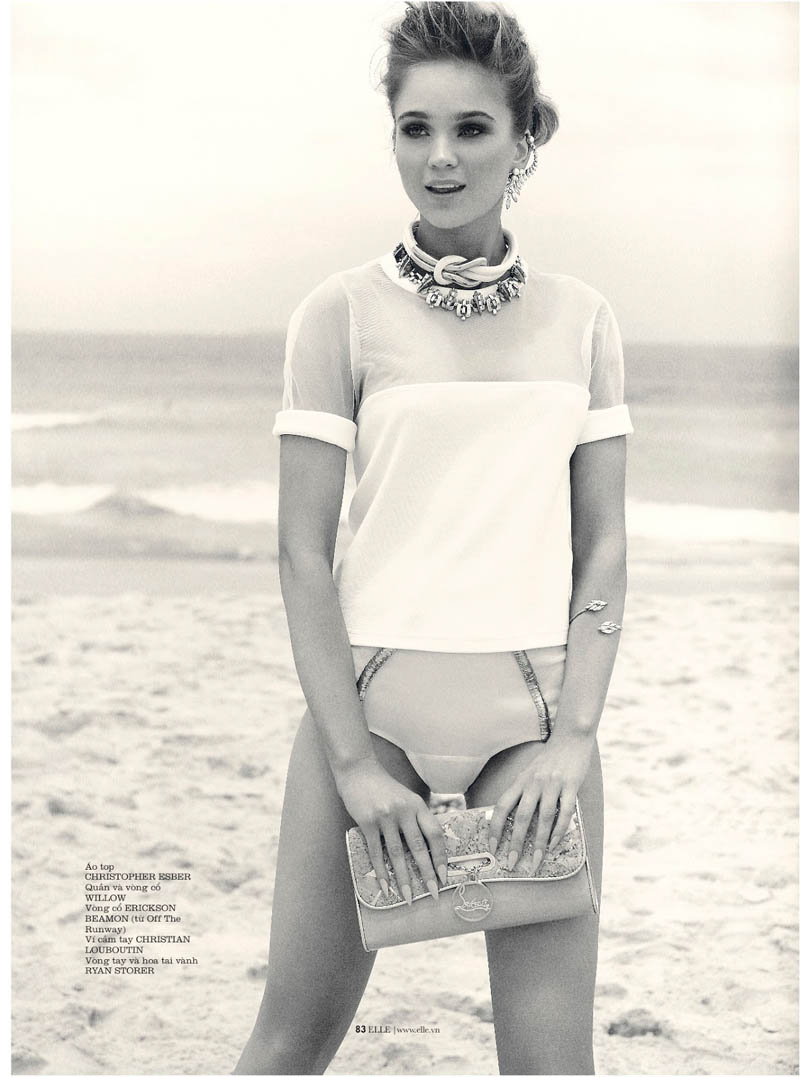 rosie tupper elle2 Rosie Tupper Poses on Australias Bondi Beach for Elle Vietnam June 2013