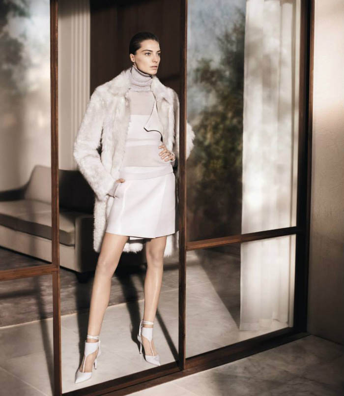 salvatore ferragamo fall4 Salvatore Ferragamo Enlists Daria Werbowy for Fall 2013 Campaign