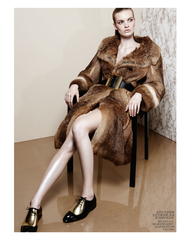 second skin shoot5 Juliane Gruner Sports Sleek Style for Amy Troost in Vogue China July 2013