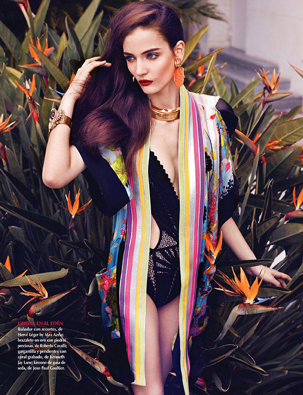 zuzanna bijoch vogue latin america6 Zuzanna Bijoch Stars in Vogue Latin America July 2013 Cover Shoot