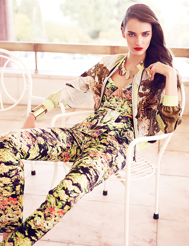 zuzanna bijoch vogue latin america8 Zuzanna Bijoch Stars in Vogue Latin America July 2013 Cover Shoot