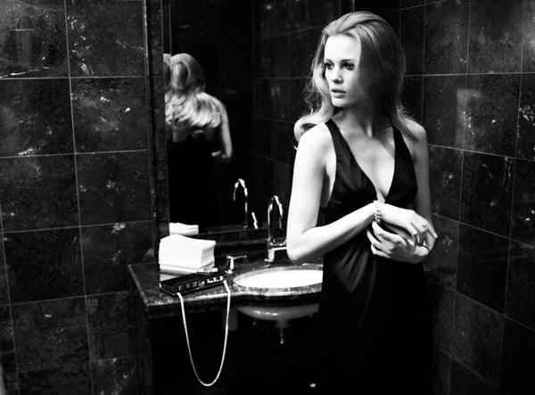 Morning Beauty | Edita Vilkeviciute by Mario Testino
