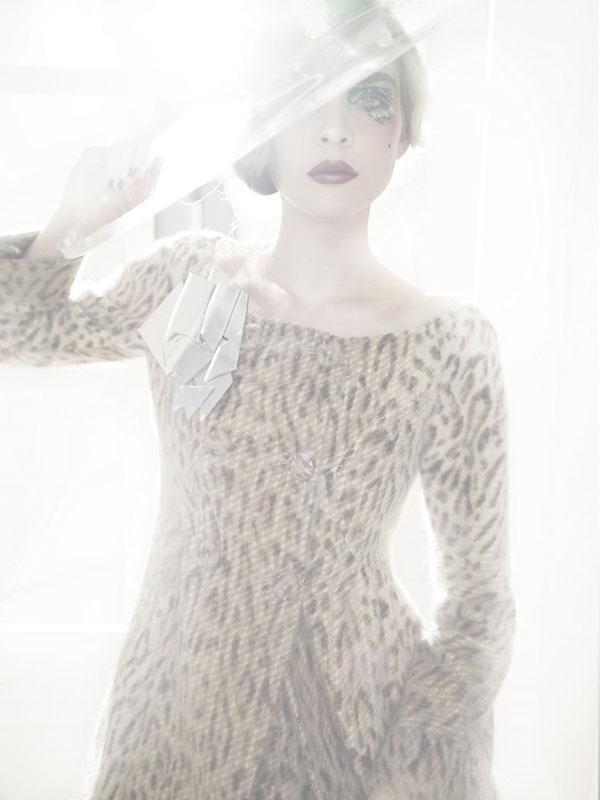 Morning Beauty | Kim Noorda by Tom Munro