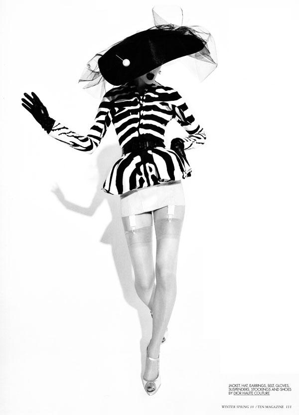 Couture Report | Kinga Rajzak by Mark Pillai for 10